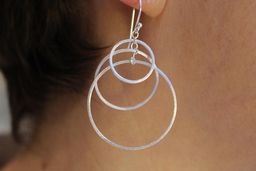 Boucles d'oreilles en argent brossé - psyche