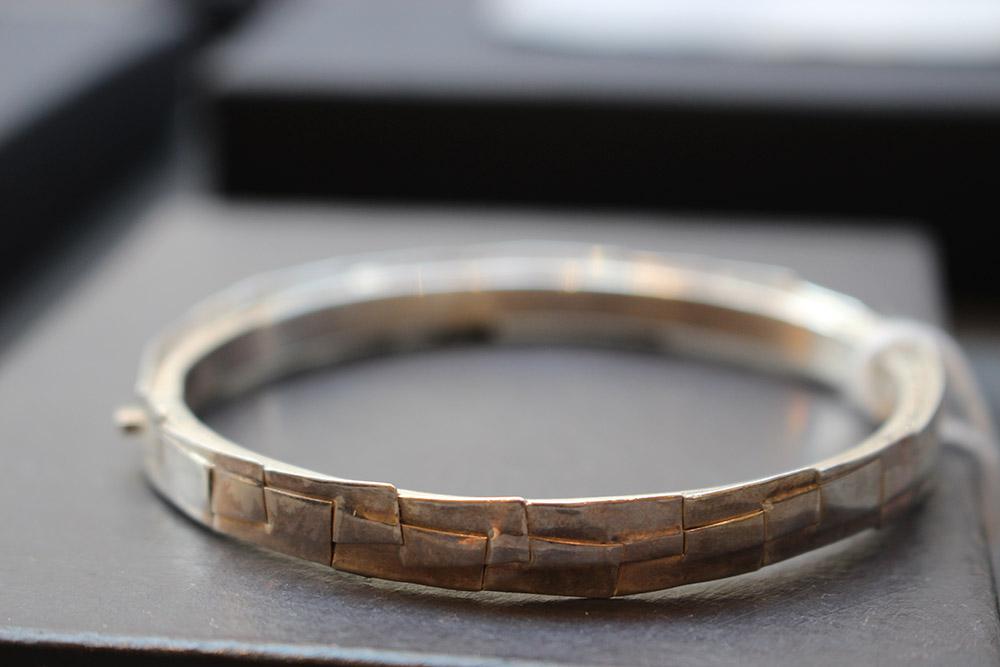 Bracelet en argent plié Jean Louis Espilit - psyche-paris