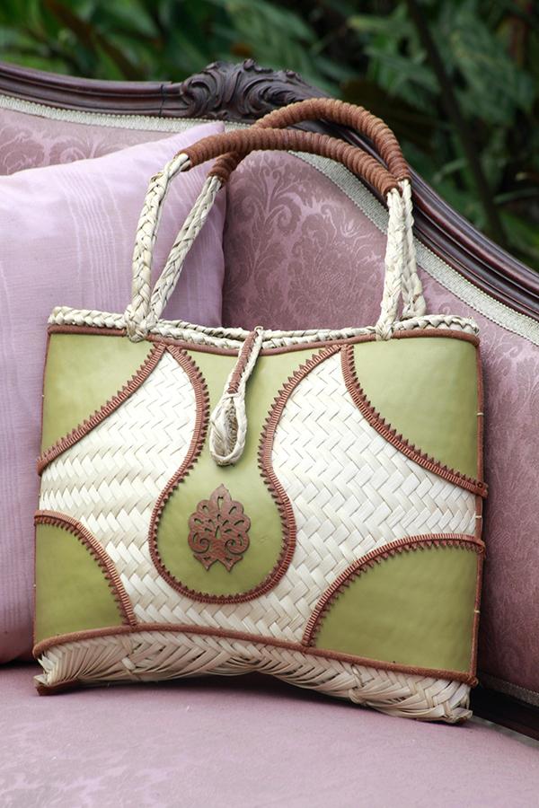 sac a main feuilles palmes